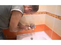 Установка смесителя в ванную